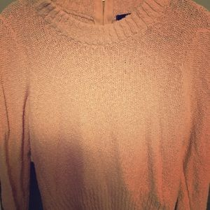 H&M light pink sweater